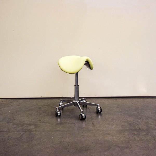 Sattelsitz-Hocker anat. Small, o.Floating, kleiner Chromfuß, Neuware DH7